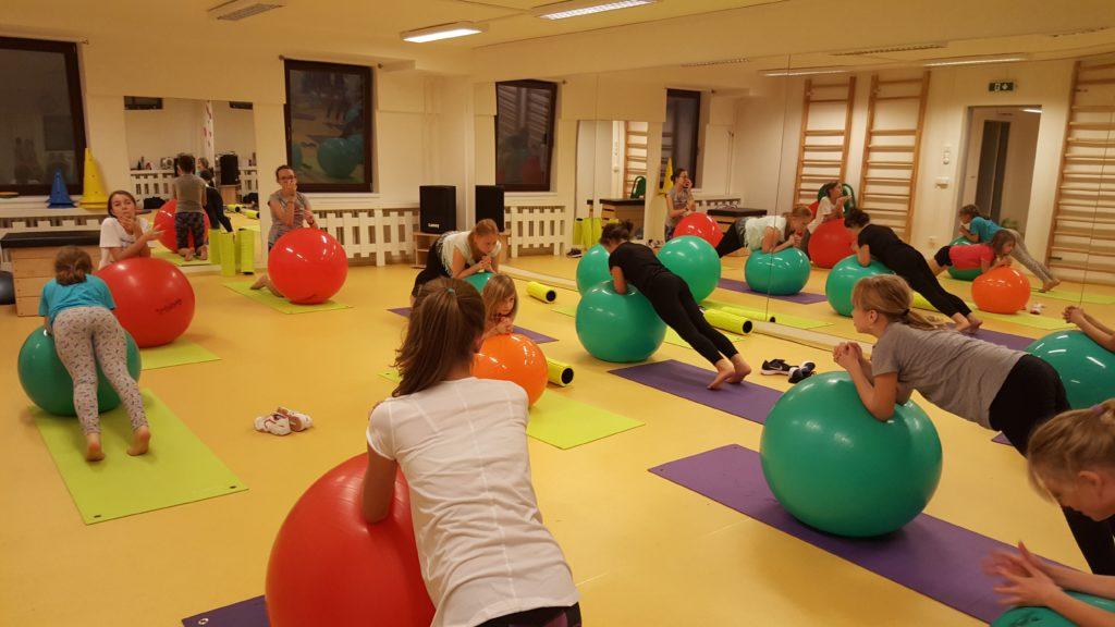 Cvičení na míčích:-)